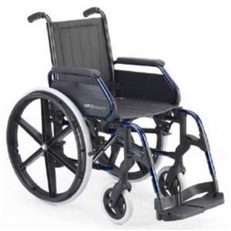 chaise roulante pliable fauteuil roulant pliable pas cher meuble de salon
