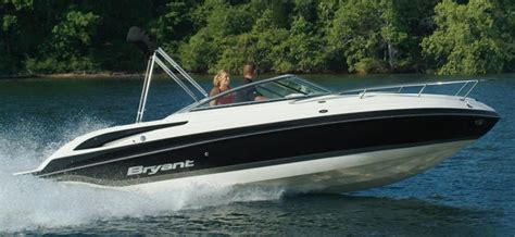 Bowrider Boat With Cuddy Cabin by Research 2010 Bryant Boats 233 Cuddy Cabin On Iboats