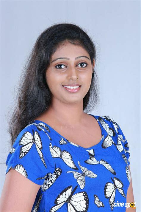 actress kalyani nair kalyani nair photoshoot 2