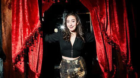cabaret hostess  jokes   love life