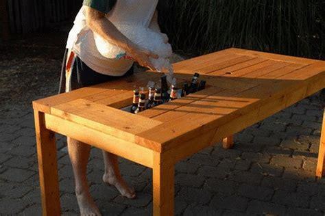 diy patio table  built  beerwine coolers