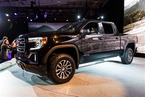 New 2019 Gmc Sierra Pictures Show Sle Trim Level Gm