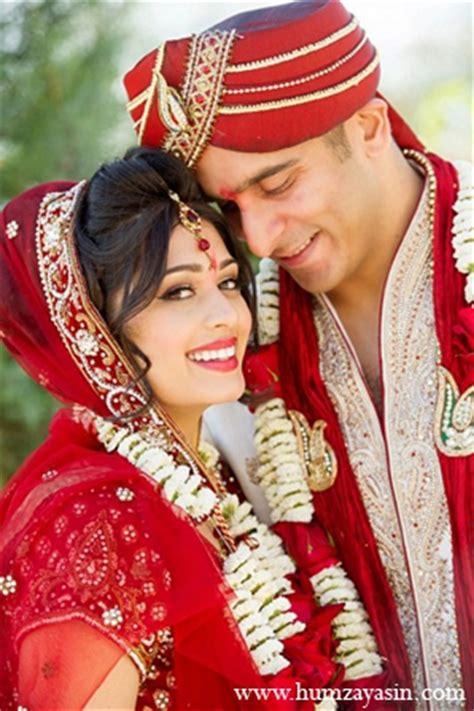 indian wedding bride groom portraits red white outfits