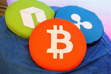 Etfs bring price competition to markets, just as they did for gold, he said, as well as transparency, tax reporting and more efficiency in trading. Van Eck, SolidX seek to launch bitcoin-linked ETF - Reuters