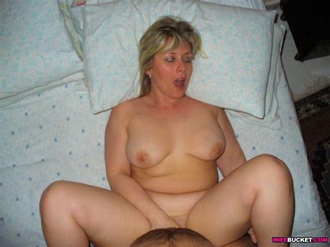 Homemade Sex Pics From This Hot Mature Woman