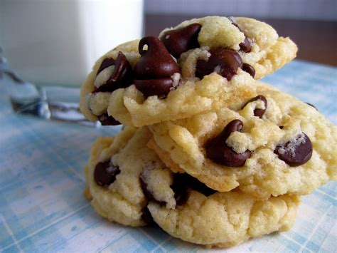 cake batter chocolate chip cookies  box duncan hines