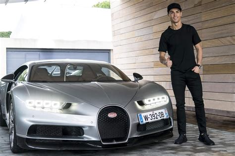 Maybe ronaldo is really concerned he's going to arrive at a party and find some guy just pulled up in the same car as him. Bugatti Chiron é testado e aprovado por Cristiano Ronaldo ...