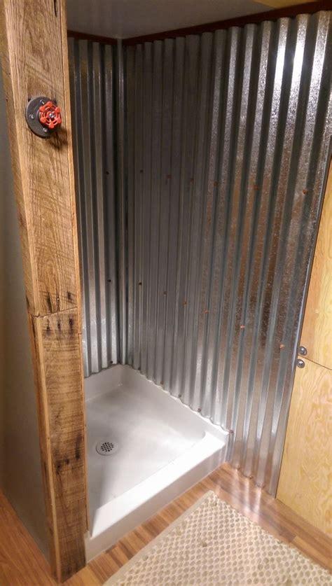Tiny House Bathroom Design by Best 25 Tiny House Shower Ideas On Tiny House