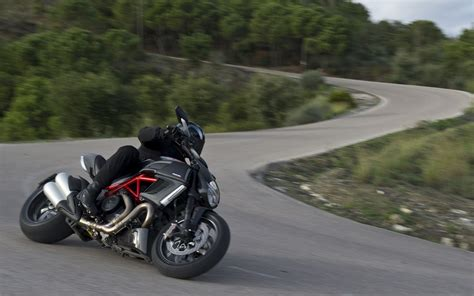 Ducati Diavel Backgrounds by Ducati Diavel Hd Wallpapers High Definition Free