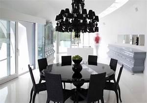 Table Ronde Noire : table salle manger blanche et noire et ensemble graphique ~ Teatrodelosmanantiales.com Idées de Décoration