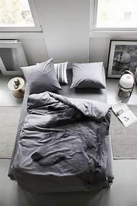la chambre grise 40 idees pour la deco With superb peinture couleur gris taupe 0 la chambre grise 40 idees pour la deco archzine fr