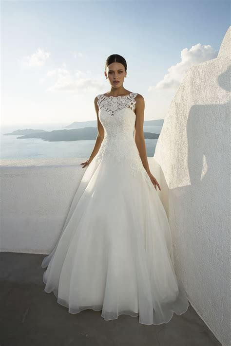 Wedding Gowns by Justin Wedding Dresses The Bridal Outlet