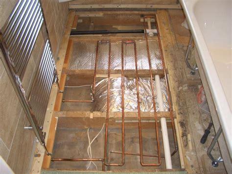 Copper tube underfloor heating in Bathroom.   DIYnot Forums