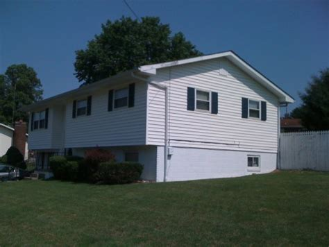 split level house landscaping landscape and curb appeal idea help for split level home