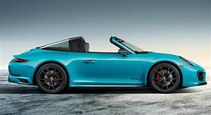 Porsche 911 Targa Gts : porsche 911 targa 4 gts sportdesign looks every bit the money it 39 d cost carscoops ~ Maxctalentgroup.com Avis de Voitures