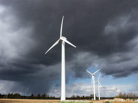Немного о теории работы ветродвигателей . электрическая энергия на производстве и в быту