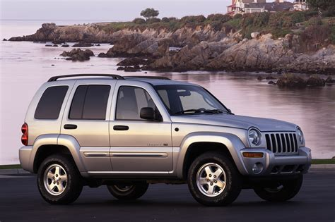 jeep liberty limited 2004 2002 07 jeep liberty consumer guide auto