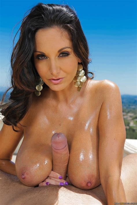 Milf Gets Onto Her Knees During Double Penetration Photos Ava Addams Keiran Lee Toni Ribas
