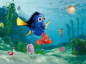 Wall mural wallpaper Disney Finding Nemo Marlin & Dorie