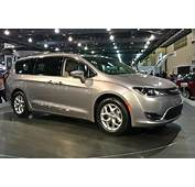 The Difference Between Chrysler Pacifica And