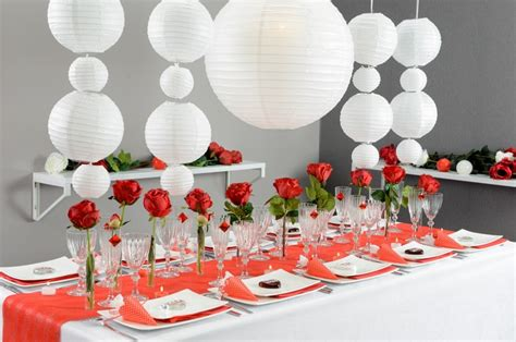 deco de fete discount d 233 coration de table sur le th 232 me en et blanc articles de f 234 te