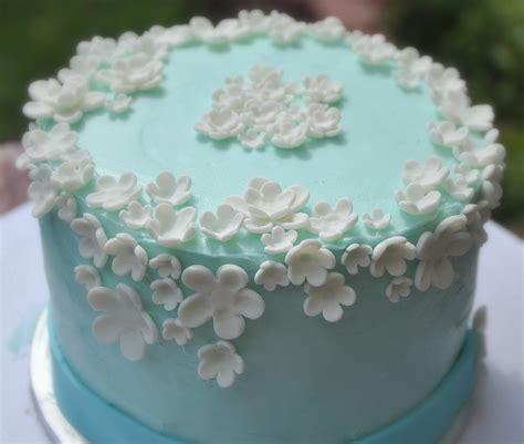 flower birthday cake turtlecraftygirl flower birthday cake