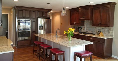 kitchen design island or peninsula leawood kitchen remodel transforms kitchen trades 7948