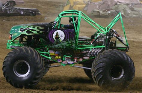 grave digger monster truck for sale file grave digger jpg