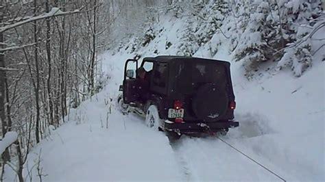 Jeep Wrangler Ostersonntag Bergung im Schnee. - YouTube