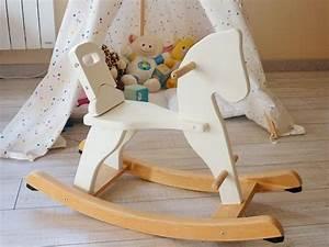 Cheval En Bois à Bascule : do it yourself restaurer et chiner un cheval bascule ~ Teatrodelosmanantiales.com Idées de Décoration