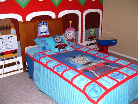 Create A Magical Bedroom With A Thomas The Train Bedroom
