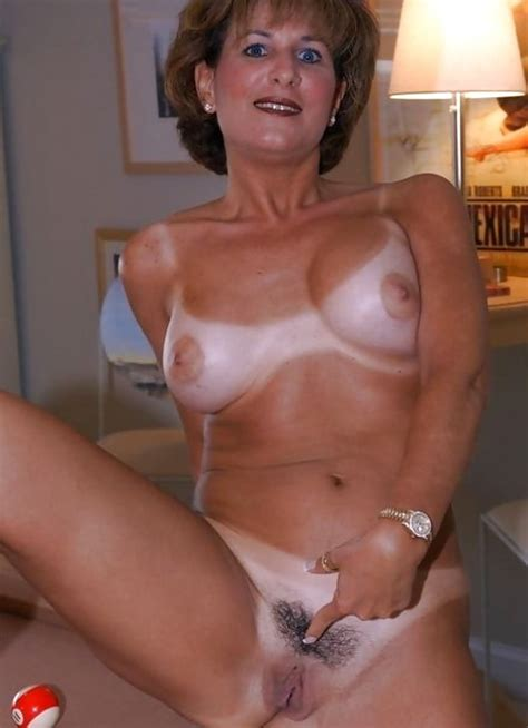 Hot Milfs With Tan Lines Pics XHamster