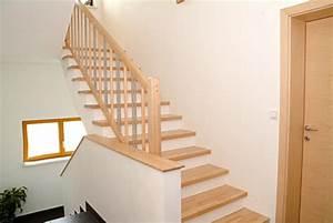 Geländer Aus Holz : traxler treppen stufen gel nder aus holz ~ Buech-reservation.com Haus und Dekorationen