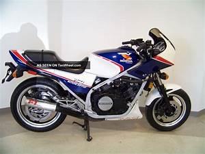 Honda Vf 750 : 1984 honda vf750f moto zombdrive com ~ Melissatoandfro.com Idées de Décoration