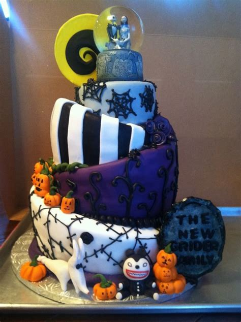 topsy turvy nightmare  christmas wedding cake