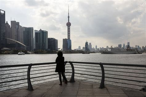 China's Finance World Opens Up to Foreigners, Sort Of ...