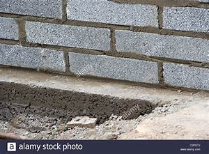 bricklaying wall with half cement breeze blocks building a With building a garden wall with concrete blocks