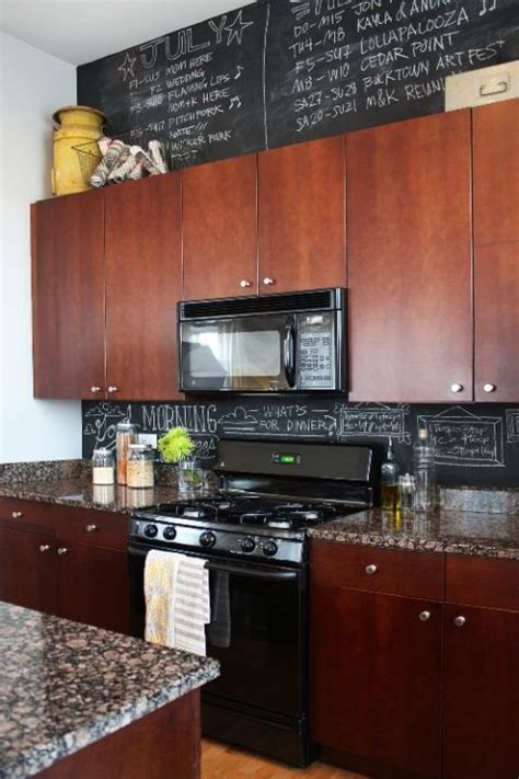 Ideas For On Top Of Kitchen Cabinets by 6 Decorating Ideas For Above Kitchen Cabinets Reliable