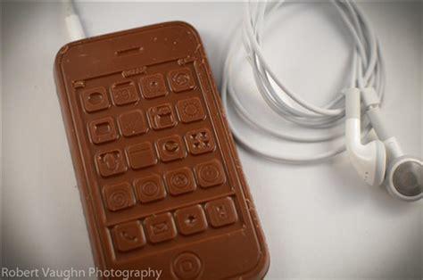 chocolate iphone chocolate iphone 4 20 11 6 pp robbiev galleries digital