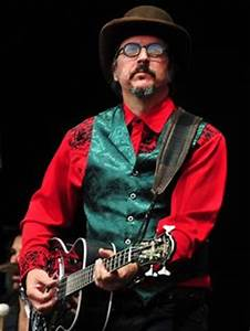 Mr. Dee Dee Ramone - Just a monster bass guitarist ...