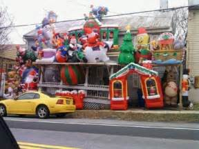Funny Outdoor Christmas Decorations by Tacky Christmas Decorations 42 Pics Izismile Com
