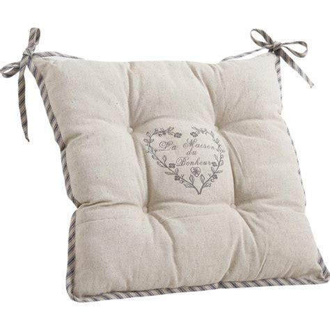 coussin pour chaise rotin coussin de chaise avec coeur gris nco1700 aubry gaspard