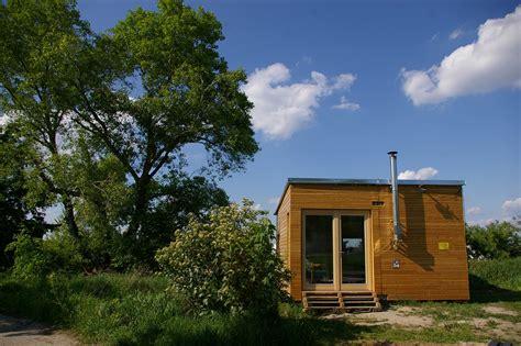 Minihäuser Aus Holz by Wohnen Im Mini Haus Biorama