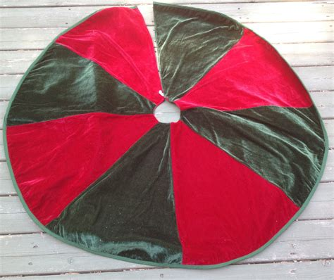 christmas tree skirt red and green velour by