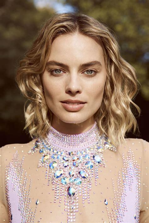 Margot Robbie Harpers Bazaar Australia March 2018