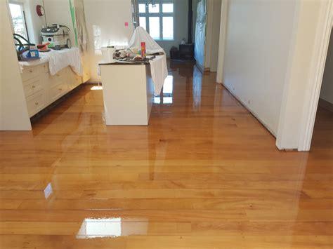 rubber kitchen flooring wellington laminate flooring gurus floor 4927