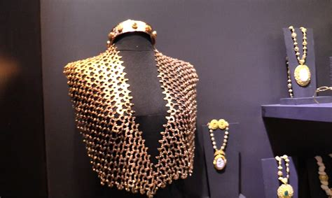 Philippine fashion accessories shown at Maison & Objet ...