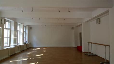 Evamaria Kraft  Raum Für Tanz  Zeitgenössisches Ballett
