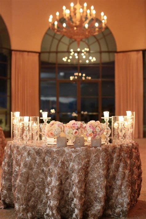 20 Gorgeous Sweetheart Tables Sweetheart Table Decor