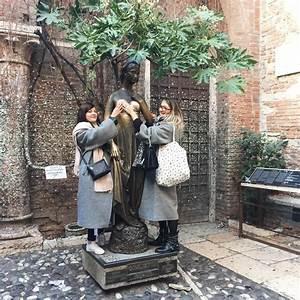 La Maison De Juliette : le gyn cologue islandais et les seins en cuivre de juliette ~ Nature-et-papiers.com Idées de Décoration